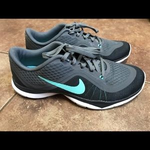 Nike Flex TR6 running shoes